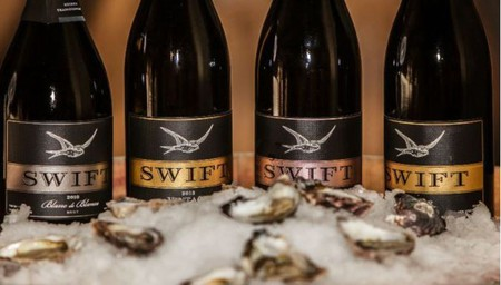 Swift Sparkling and Oyster Picnic